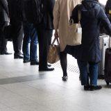 タクシー乗り場の行列を回避する方法|観光地・イベントの混雑で使える裏技